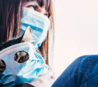 Первые симптомы COVID-19 зависят от возраста и пола заболевших