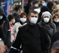 Что побуждает людей добровольно носить маски