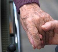 Программа профилактики уменьшит количество падений пожилых людей в своих домах