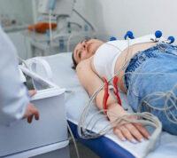 Регулярный скрининг на аритмию поможет пожилым людям избежать инсульта