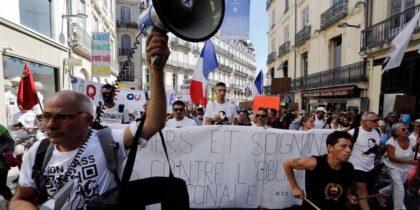 У Франції від роботи відсторонено 3 тисячі невакцинованих медиків