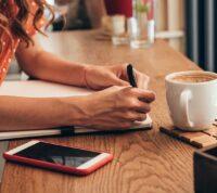 Внесение относительно простых изменений в меню рабочего кафе может значительно помочь в борьбе с ожирением