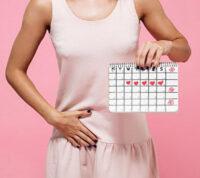 Вакцинация от коронавируса может временно повлиять на менструальный цикл