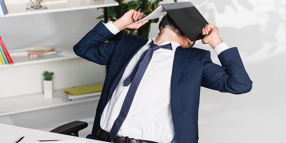 Из-за стресса у людей пропадает желание общаться с другими