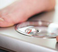 Ученые изучили, насколько избыточный вес влияет на смертность от COVID-19